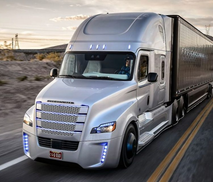 автономен камион
