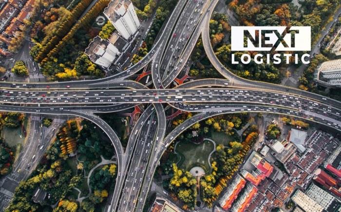 highway top view with nextlogistic logo